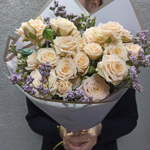 Букет из нежных роз