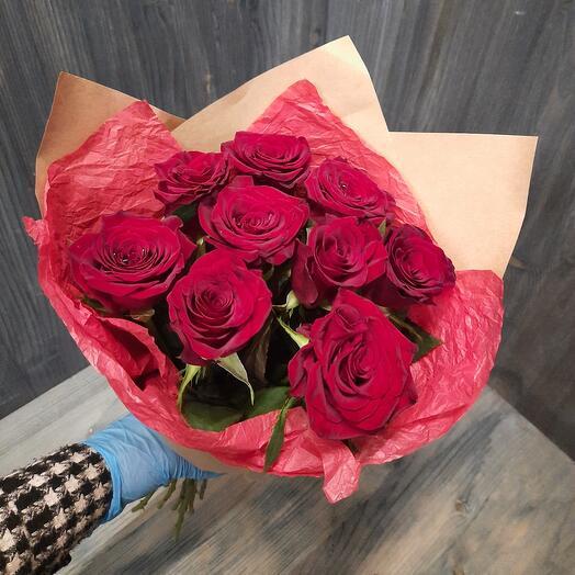 Букет 9 красных роз 40см