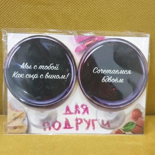 Открытка с шоколадными медальками