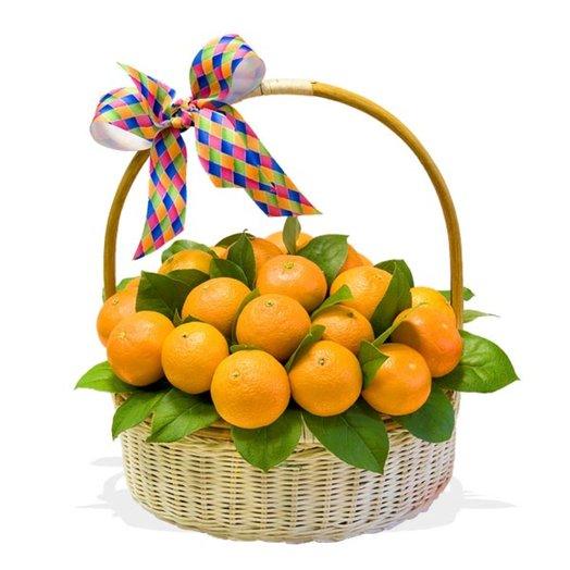 Подарочная корзина Мандариновый фреш: букеты цветов на заказ Flowwow