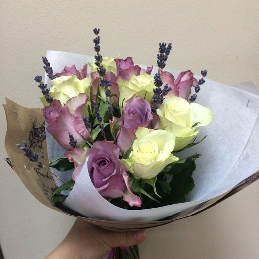 11 lavender and white roses with lavender: flowers to order Flowwow