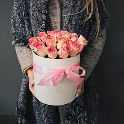 """Шляпная коробка """"Розовое чудо"""": букеты цветов на заказ Flowwow"""