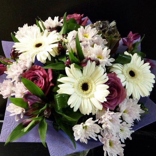 Букет с белыми герберами: букеты цветов на заказ Flowwow