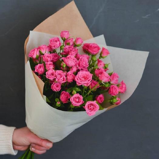 Букет из 9 кустовых роз: букеты цветов на заказ Flowwow
