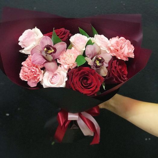 Орхидей: букеты цветов на заказ Flowwow