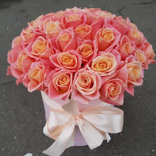 Цветы в коробке. Роза мисс-пигги: букеты цветов на заказ Flowwow