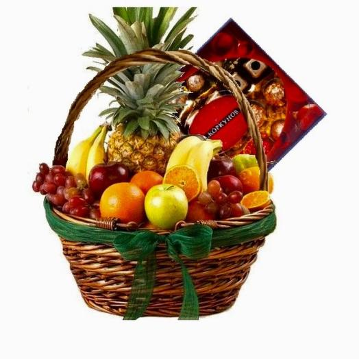 Fruit basket and a box of Korkunov