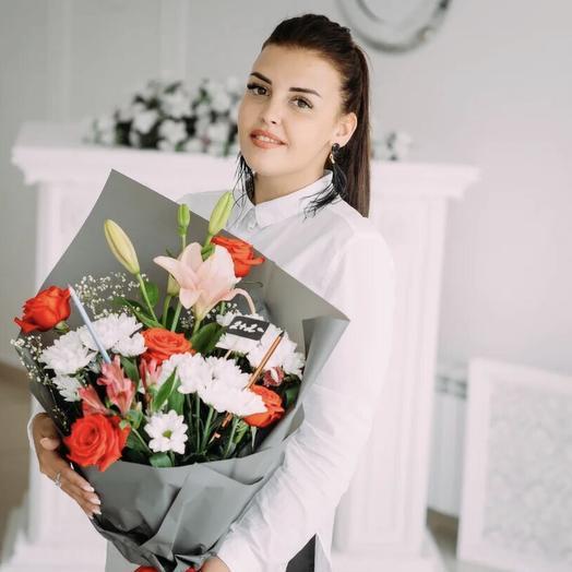 «2+2=восторг!»: букеты цветов на заказ Flowwow