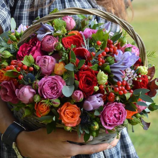 "Корзина ""Чудесная долина"": букеты цветов на заказ Flowwow"