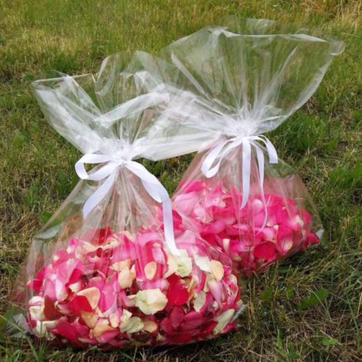 Свежие лепестки роз 😍 (1 пакет)