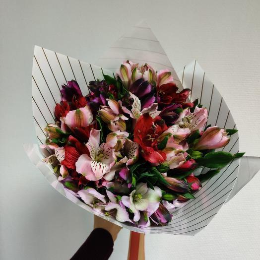 Букет Альстрамерий: букеты цветов на заказ Flowwow
