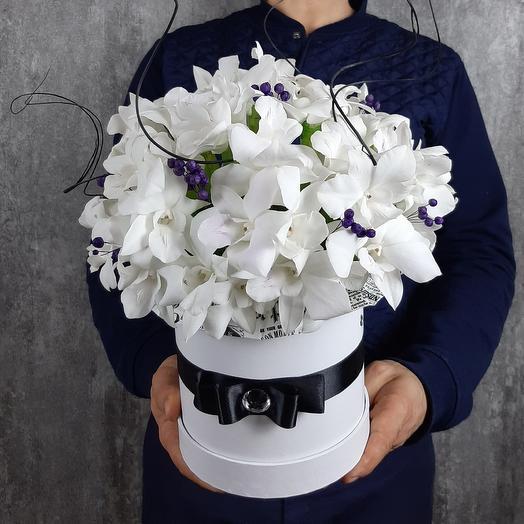Белый антрацит: букеты цветов на заказ Flowwow