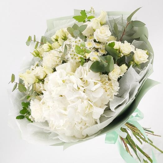 Нежное белое облако: букеты цветов на заказ Flowwow