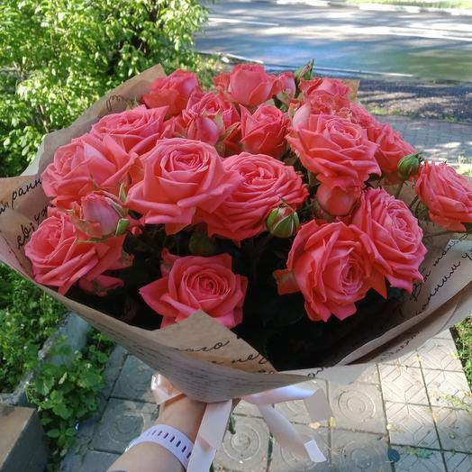 Моно букет из пионовидных роз