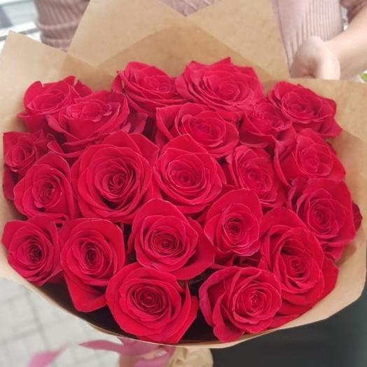 Букет 25 красных роз премиум