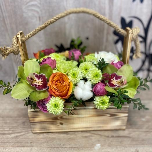 Ящичек с цветам