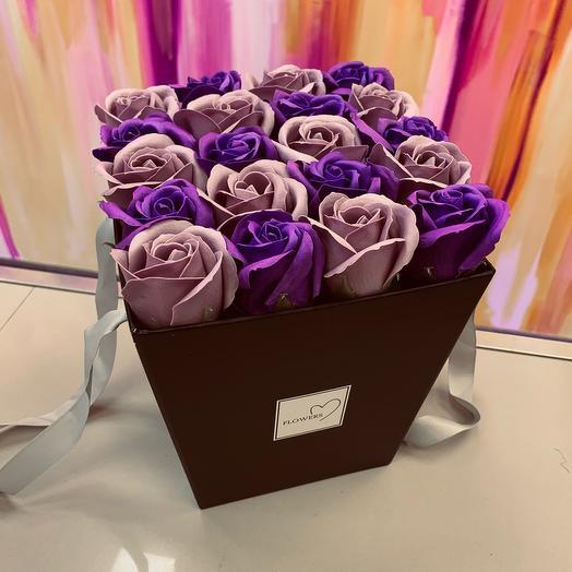 Розы из мыла в коробке