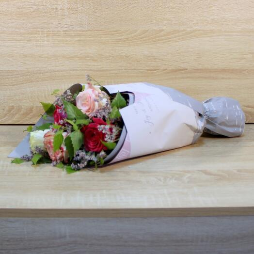 Букетик с розами