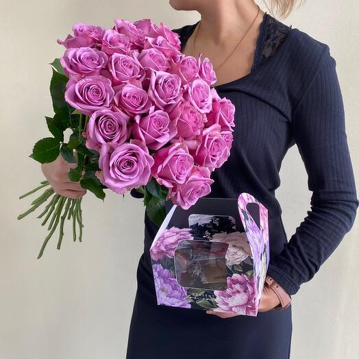Розы + подарочный набор