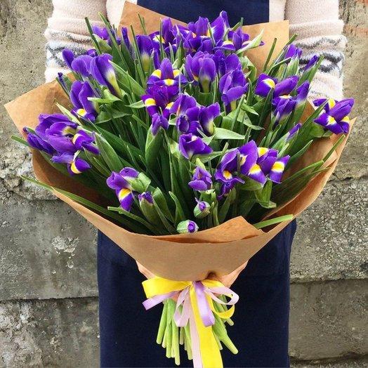 Букет из Ирисов  Блю Мейджик: букеты цветов на заказ Flowwow