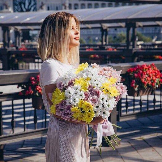 Букет из 13 разноцветных хризантем: букеты цветов на заказ Flowwow
