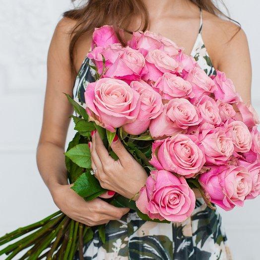 25 Нежно-Розовых Эквадорских Роз 80см: букеты цветов на заказ Flowwow