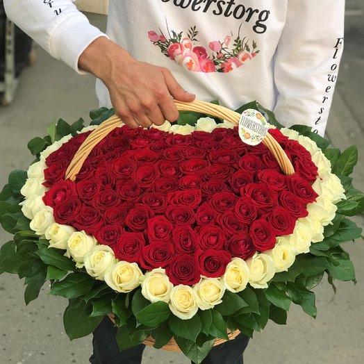 Корзины с цветами. Розы. Сердце из роз. 101 роза. N161