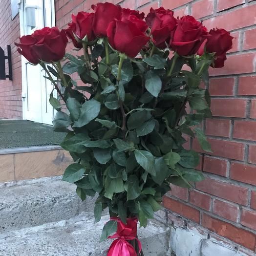 Охапка элитных роз