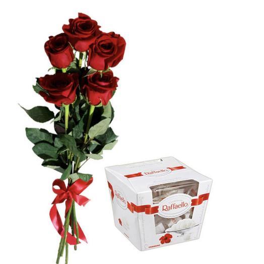 Набор из роз и конфет