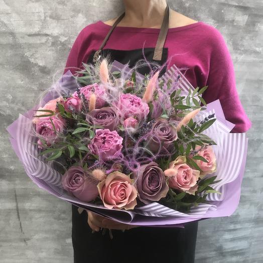 Букет с пионовидной розой «Мисти баблз»: букеты цветов на заказ Flowwow