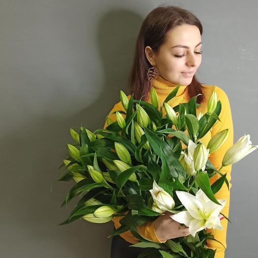Букет лилий: букеты цветов на заказ Flowwow