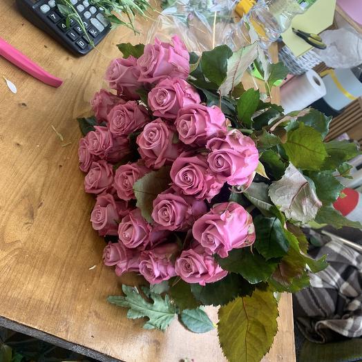 Шикарные розы: букеты цветов на заказ Flowwow