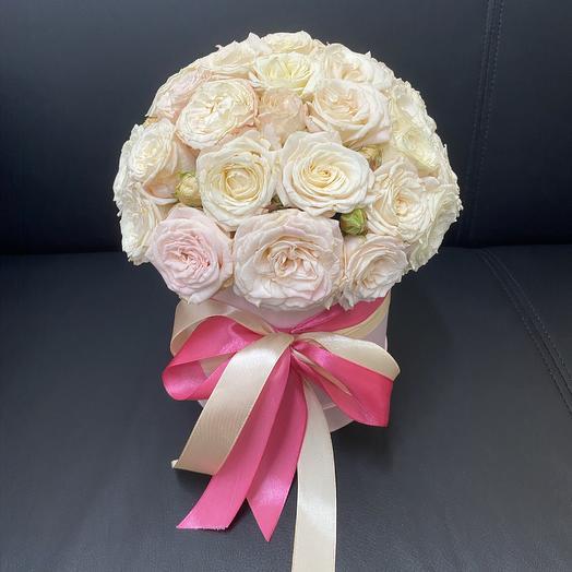 19 пионовидных роз Бомбастик в розовой, шляпной коробке: букеты цветов на заказ Flowwow