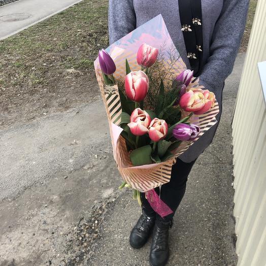 11 тюльпанов: букеты цветов на заказ Flowwow