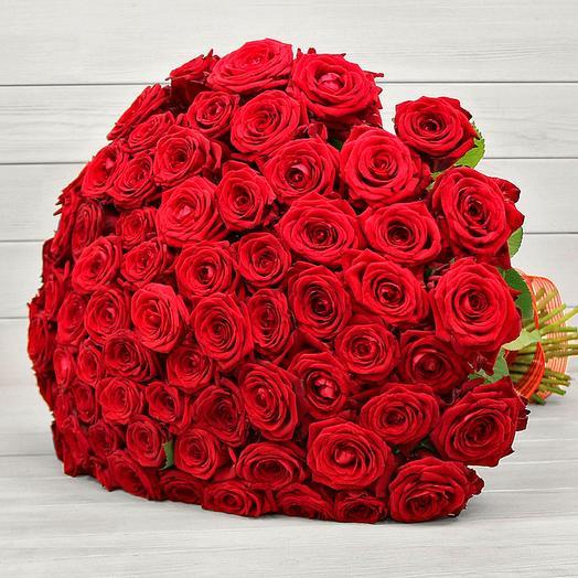 101 красная роза Рэд Наоми (70 см)