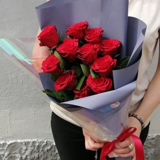 11 роз в букете