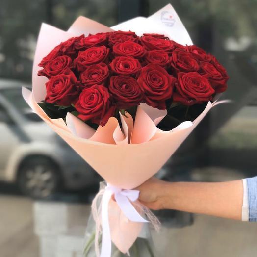 Букет из 25 крупных роз