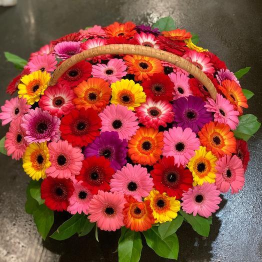 Корзина с цветами Герберы