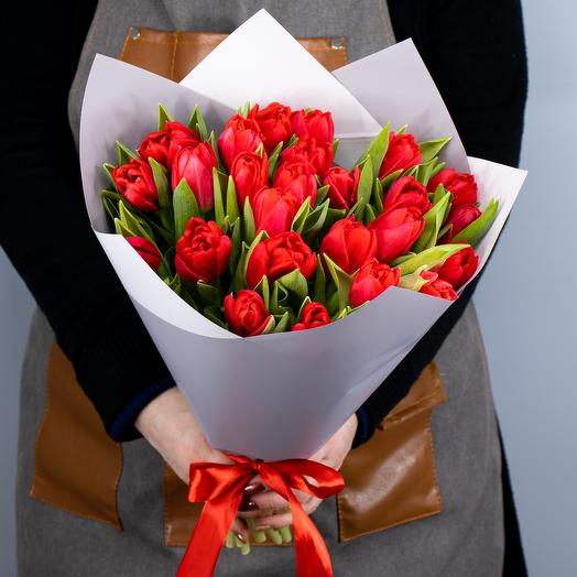 Букет из 25 тюльпанов Ларго