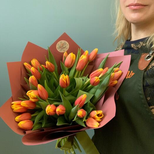 Букет моно тюльпаны