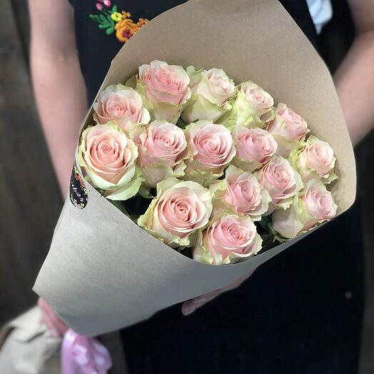 Букет 15 роз Фрутетто