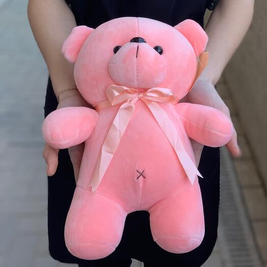 Розовый медведь Яша