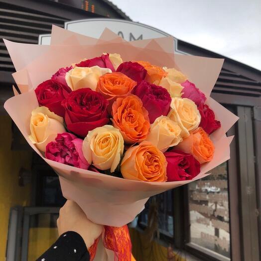 25 роз микс