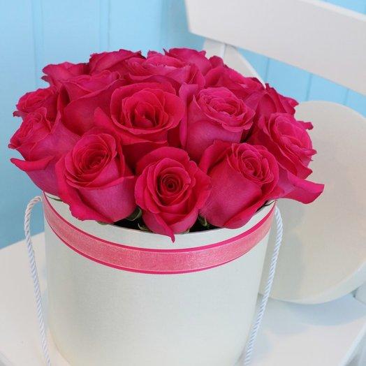 Розовые розы box: букеты цветов на заказ Flowwow