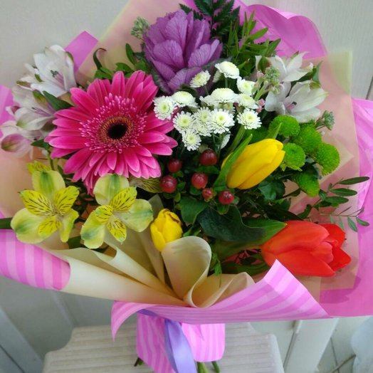 Букет сборный весенний: букеты цветов на заказ Flowwow