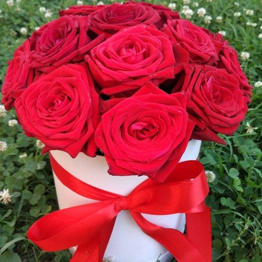 Коробка с розами.: букеты цветов на заказ Flowwow