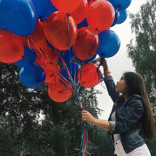 Охапка красно-синих воздушных шаров - 25 штук: букеты цветов на заказ Flowwow
