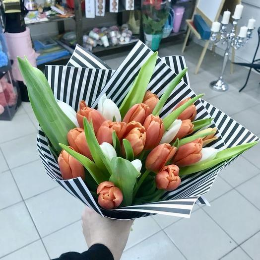Букет тюльпанчик 💚: букеты цветов на заказ Flowwow