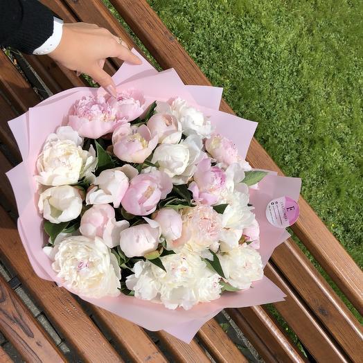 25 нежных пионов: букеты цветов на заказ Flowwow