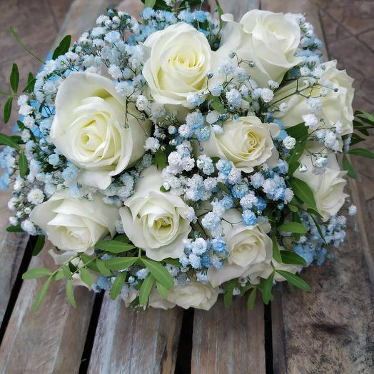Свадебный букет из белых роз «Любовь без границ»: букеты цветов на заказ Flowwow